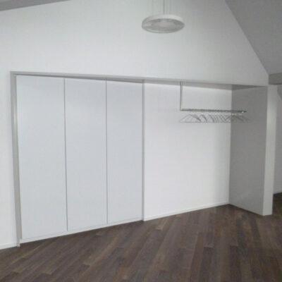 Garderobe 3609