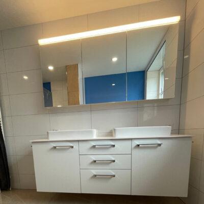 Badmoebel mit Spiegelschrank 2127
